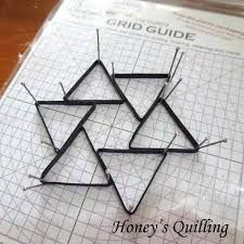 how to use quilling grid guide
