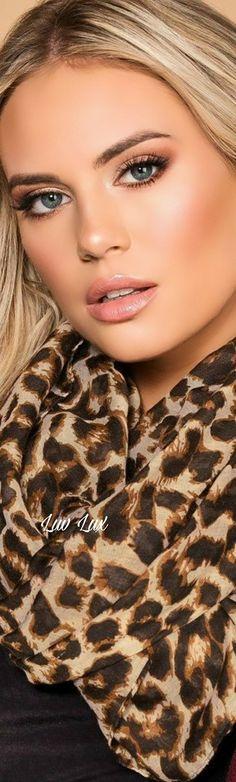 Most Beautiful Faces, Beautiful Eyes, Beautiful Women, Animal Print Fashion, Fashion Prints, Beauty Full Girl, Beauty And The Beast, Flawless Face, Digital Art Girl