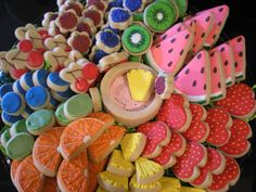 """Detailed Fruit Cookies by """"sugar by Julie"""" No Bake Sugar Cookies, Fruit Cookies, Sugar Cookie Royal Icing, Cookie Frosting, Fancy Cookies, Iced Cookies, Cute Cookies, Cupcake Cookies, Frosted Cookies"""
