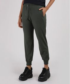 Calça Feminina Básica Jogger Cintura Alta com Cordão e Bolsos Verde Militar - cea Pants, Fashion, Women's Pants, How To Dress Cool, Lady Like, High Waist, Military, Green, Totes