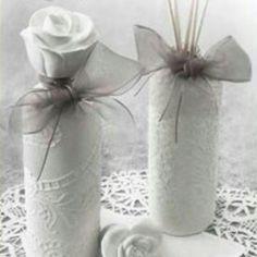 Difusor de perfume de #mathildem, una complicidad única entre su delicada presentación y la sensualidad de su aroma, Marquise. www.darome.es #mathildem #aroma #perfumedeambiente #marquise #mikado #darome #deco