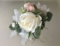 Mother Of The Bride Flowers, Mother Of Bride Corsage, Wrist Corsage Wedding, Wedding Bouquets, Wedding Flowers, Wedding Day, Rose Corsage, White Roses, Artificial Flowers