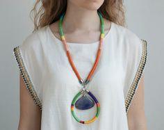 Long Rope Necklace Stone Statement Necklace por KiaFilStudios