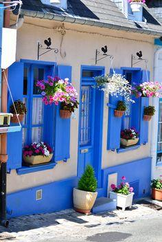 Le village coloré de #SaintValerysurSomme en #Picardie !