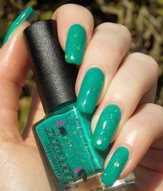 Green, Glaze & Glasses: Colors By Llarowe - Nobody Makes Emily Twerk In A Corner (NMETIAC - Spring 2014)