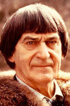 Nai'zyy Patrick Troughton - Actor (Dr. Who). 2nd Doctor Who 1966-69.   Patrick_Troughton.jpeg