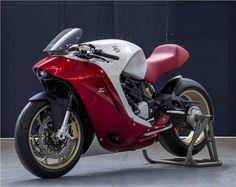 02c560cc51b MV Agusta F4Z - uma dose extra de charme italiano