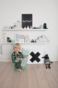 Black and white kids space with pops of color | @modernburlap loves                                                                                                                                                                                 More