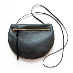 Pearch Leather Shoulder Pouch