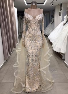 Luxury Long sleeve off-the-shoulder prom dress with fully-covered beads - Idleburg - Damen Hochzeitskleid and Schuhe! Cheap Prom Dresses, Bridal Dresses, Wedding Gowns, Bridesmaid Dresses, Formal Dresses, Formal Prom, Luxury Wedding Dress, Luxury Dress, Mermaid Dresses