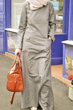 Collection Printemps-été 2015 - My little suitcase - Bild Casual Hijab Outfit, Hijab Chic, Casual Outfits, Muslim Women Fashion, Islamic Fashion, Muslim Dress, Hijab Dress, Abaya Fashion, Fashion Dresses
