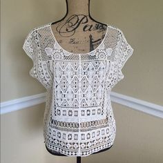Crochet Blouse This is a gorgeous cream color crochet blouse, from Lauren Conrad. It is size medium, but has a loose fit so it best fits a size Large. It is in excellent condition. Lauren Conrad  Tops