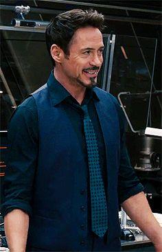 Avengers Gif, Marvel Gif, Marvel Actors, Robert Downey Jr Gif, Rober Downey Jr, Tony Stark Gif, Iron Man Tony Stark, Tom Holland, Marvel Pop Vinyl