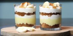 This dessert, inspired by the banoffee pie, is delicious - Dessert - Banoffee Pie, Desserts Panna Cotta, Köstliche Desserts, Dessert Simple, Spaghetti Eis Dessert, Pineapple Desserts, High Tea, Tapas, Snack Recipes