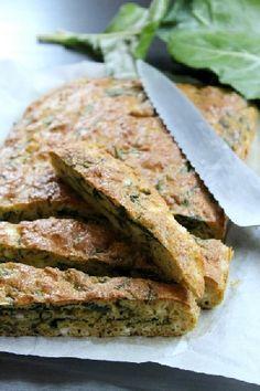 Hozzávalók   4 db tojás 50 ml CI V ITA kukoricaolaj 100 g cottage cheese (túró is jó helyette, tejföllel mixelve) só tört bors 1 gerezd fokhagyma 60 g CI V ITA kukoricaliszt 20 g 100 %-os burgonyapehely 1 csapott teáskanál szódabikarbóna 120 g mángold levél (vagy saláta ,(kel)káposzta) + 1 evőkanál (10 g) CI V ITA... Salmon Burgers, Sandwiches, Ethnic Recipes, Food, Essen, Meals, Paninis, Yemek, Eten