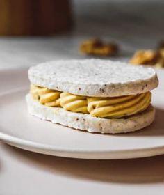 Většina z nás si čas od času dopřeje návštěvu cukrárny na dobrý zákusek. Pancakes, Fresh, Breakfast, Food, Morning Coffee, Essen, Pancake, Meals, Yemek