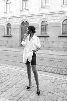 https://fashionforpassion2016.wordpress.com/2017/03/22/20-facts-about-coco-chanel/
