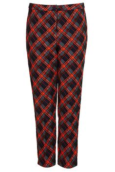 5 Slimming Bottoms That Basically Work Magic #refinery29 The Cropped, Printed Trouser — While prints tend to draw attention to a certain part of the body, if you've chosen an all-around, evenly-balanced print, it can also trick the eye. (Think: long, lean legs. No squats required.) Plus, a cropped fit is also a pretty universally flattering cut. Be sure to visit the tailor if the pair you've purchased is hitting below the ankle.