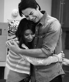 iGoodbye iCarly......aw ihave a lump in my throat