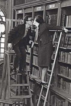 bookshop kiss