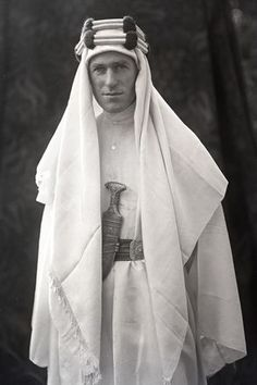 "Lowell Thomas (Photographer) - T.E. Lawrence (1888-1935) - From the ""London Sessions"". Circa 1919-1920."