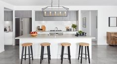 Display Homes Melbourne & Geelong Kitchen Butlers Pantry, Narrow Kitchen, Kitchen Cabinetry, Kitchen Dining, Kitchen Decor, Boutique Interior, A Boutique, Boutique Homes, Grey Kitchen Interior