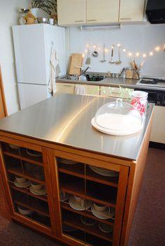 両面づかいのアイランド型作業台・食器棚・カウンター | オーダー家具製作例 | 家具工房クレアーレ