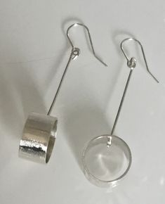 How To Choose The Perfect Pair Of Gold Diamond Earrings Cleaning Silver Jewelry, Gold Diamond Earrings, Silver Earrings, Earrings Uk, Keep Jewelry, Fine Jewelry, Silver Bracelets, Silver Ring, Handmade Silver