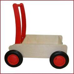 Deze van Dijk-kar is de eerste kar geschikt voor uw kind vanaf 1 jaar tot 3 jaar. Door de perfecte hefboomfunctie dé kar waar uw dreumes veilig achter kan lere