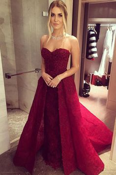 A-Line Sweetheat Court Train Dark Red Lace Prom Dress with Appliques