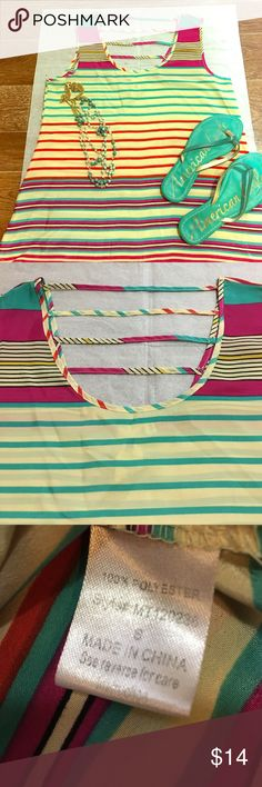 Anthropologie  - Needle & Thread Top Fun and colorful anthropology brand needle and thread top. Size small but runs slightly larger. Slightly sheer. No flaws to mention, in great preowned condition.  Fast shipping, bundle and save! Anthropologie Tops Tank Tops