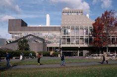 Un arquitecto catalán en Boston y Cambridge / Ester Riu + @elviajero_pais | Ruta por los edificios más significativos de Josep Lluís Sert en la universidad de Massachusetts, EE UU | #arquitectonico #socialcampuses