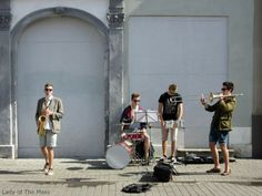 The Musicians in Riga, Latvia - www.ladyofthemess.fi/2015/08/riika-ronttaliisa-baltian-pariisissa.html