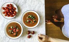 Gazpacho med svenska jordgubbar – Food Pharmacy Gazpacho, Spanish Vegetables, Tomato Vegetable, How To Cook Shrimp, Apple Cider Vinegar, Stuffed Green Peppers, Chana Masala, Hot Sauce, Strawberries