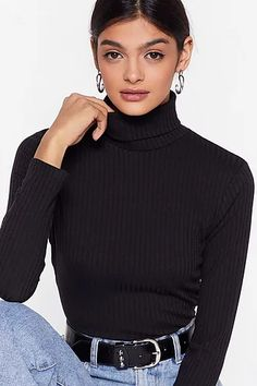 Cropped Sweater Outfit, Black Turtleneck Outfit, Turtleneck Shirt, Ribbed Turtleneck, Basic Outfits, Casual Outfits, Sweater Shop, Aesthetic Clothes, Aesthetic Outfit