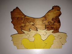 Wooden Hen with Baby Chicks Puzzle - Handmade - 13 Pieces - Stained Intarsia Woodworking, Woodworking Patterns, Woodworking Crafts, Scroll Saw Patterns, Cross Patterns, Diy Wall Art, Wood Wall Art, Making Wooden Toys, Intarsia Patterns