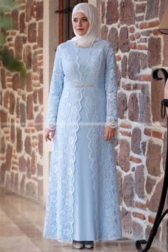 Abaya Fashion, Muslim Fashion, Modest Fashion, Fashion Outfits, Dress Brokat, Kebaya Dress, Model Kebaya, Hijab Style Dress, Mode Hijab