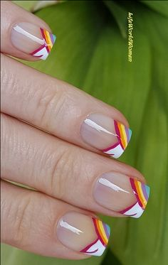 Colorful #Chevron #Frenchmanicure For #Summer / https://www.youtube.com/user/LifeWorldWomen