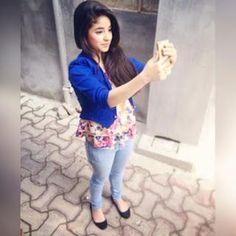 """Zaira Wasim"" Some Unseen And Old Pictures – 2 Cute Girl Pic, Stylish Girl Pic, Cute Girls, Girls Dp, Cool Girl Pictures, Old Pictures, Tunisha Sharma, Zaira Wasim, Deepika Singh"