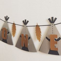 Teepee photo prop banner, cake table banner, high chair banner - New Deko Sites Indian Birthday Parties, Wild One Birthday Party, Baby Boy 1st Birthday, Diy Birthday, First Birthday Parties, First Birthdays, Die Wilde 13, Tribal Theme, Teepee Party