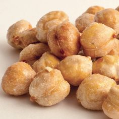 Chickpeas (also known as garbanzo beans) roasted with wildflower honey; 6 oz in gift round.