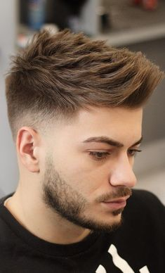 Very few men love their fine hair. If you have fine hair and are confused how to style it. We have got 30 fine hairstyles for men. Mens Hairstyles Fade, Cool Hairstyles For Men, Cool Haircuts, Haircuts For Men, Fine Hairstyles, Trending Hairstyles For Men, Popular Mens Hairstyles, Woman Hairstyles, Black Hairstyles