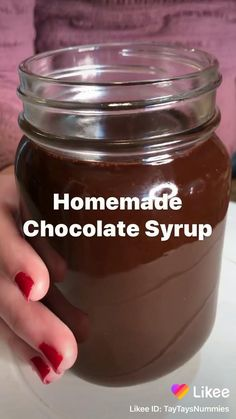 Ice Chocolate Drink, Chocolate Dishes, Chocolate Ice Cream, Chocolate Syrup Recipes, Homemade Chocolate Syrup, Delicious Vegan Recipes, Yummy Food, Buy Store, Keto