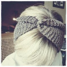Kiser, too; life, love, family and photography.: DIY knitted headband and partial tutorial.