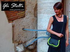"""Borsa artigianale in cuoio lavorata e cucita a mano """"Señorita Frida"""". Vai al link per tutte le info: http://glistolti.shopmania.biz/compra/borsa-in-cuoio-modello-scarsella-senorita-frida-75 Gli Stolti Original Design. Handmade in Italy. #glistolti #moda #artigianato #madeinitaly #design #stile #roma #rome #shopping #fashion #handmade #style #borse #cuoio #leather #bags #summer #estate"""