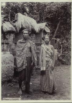 Portret van een Balinese man en vrouw