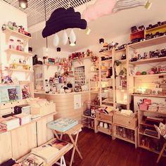 """The little dröm store """""""