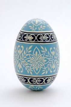"Image search results for ""Easter Egg"" See Ukrainian Easter Eggs, Ukrainian Art, Egg Crafts, Easter Crafts, Egg Shell Art, Carved Eggs, Easter Egg Designs, Easter Projects, Faberge Eggs"