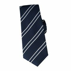 Cravate en soie marine à rayures #cravate http://www.cafecoton.fr/cravate-soie-homme/10837-cravate-en-soie-marine-a-rayures.html