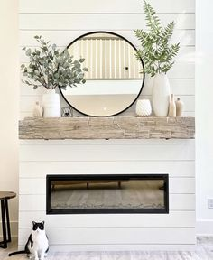 White Fireplace Mantels, Mirror Over Fireplace, Home Fireplace, Fireplace Mantle Designs, Modern Fireplace Decor, Modern Mantle, Mantles, Home Living Room, Living Room Decor
